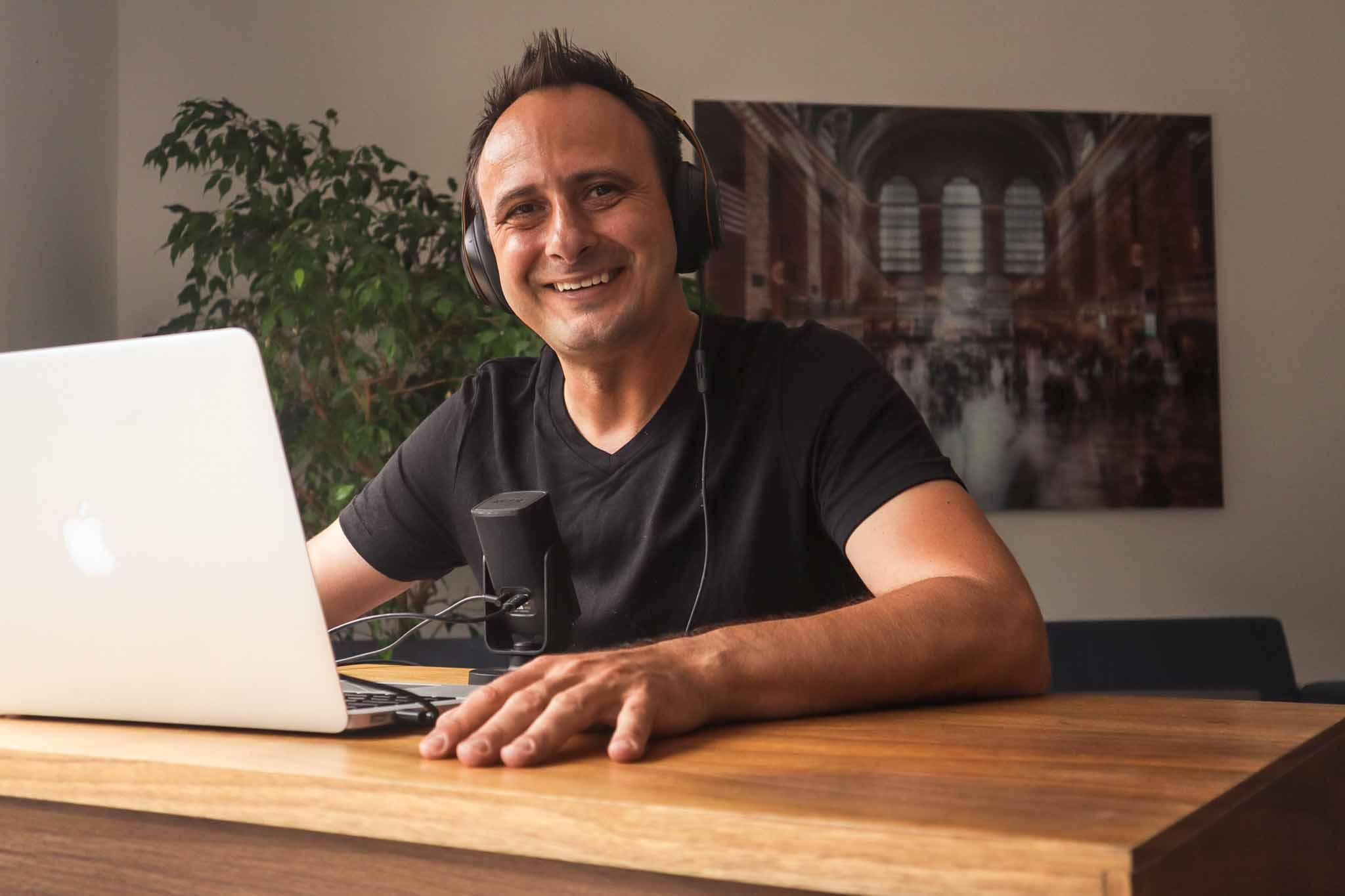 CEO podcast és Mátó Attila